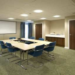 Conference room Hampton by Hilton CorbyKettering Fotos