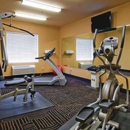 Wellness/Fitness Comfort Suites Arlington Fotos