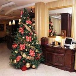 Hall Regent Club Hotel Nis Fotos