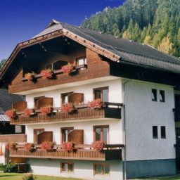 & Appartements Ronacherhof Pension Bad Kleinkirchheim