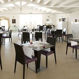 Breakfast room within restaurant Borgo Pantano Fotos