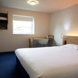Zimmer TRAVELODGE STAFFORD CENTRAL Fotos