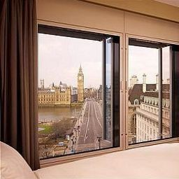 Junior suite Park Plaza Westminster Bridge London Fotos