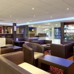 Bar Holiday Inn Express KETTERING Fotos