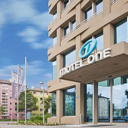 Vista exterior Motel One City Süd Fotos