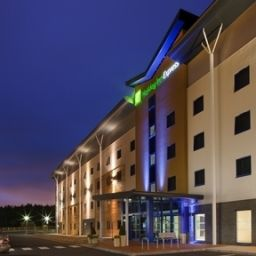 Vista esterna Holiday Inn Express KETTERING Fotos