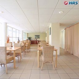 Breakfast room within restaurant All Suites Appart Hotel Merignac Residence de Tourisme Fotos