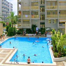 Pool Novelty Apartments Fotos