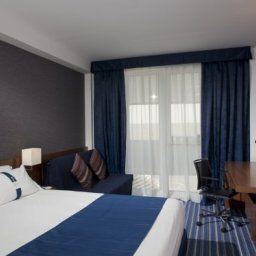 Zimmer Holiday Inn Express MADRID - LEGANES Fotos
