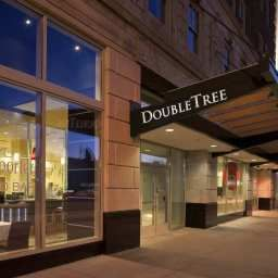 Vista exterior DoubleTree Suites by Hilton Detroit Downtown  Fort Shelby Fotos