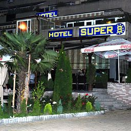 Exterior view Super 8 Fotos