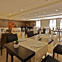 Breakfast room within restaurant Eurostars Roma Aeterna Fotos