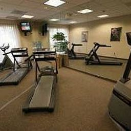 Fitness room Ramada Suites Orlando Airport Fotos
