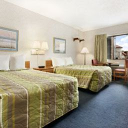 Zimmer Baymont Inn and Suites Glendale/Milwaukee N. Area Fotos
