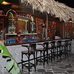 Bar Alis Otel Fotos