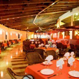 Restaurant Be Live Grand Carey Fotos