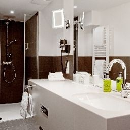 Bathroom arcona living Bach 14 Fotos