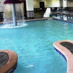 Бассейн Holiday Inn Express Hotel & Suites COLUMBUS - POLARIS PARKWAY Fotos