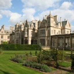 Vista exterior Stoke Rochford Hall Fotos