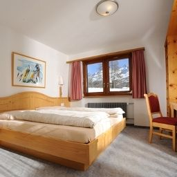 Camera Panoramahotel Alphubel Kidshotel Saas-Fee Fotos