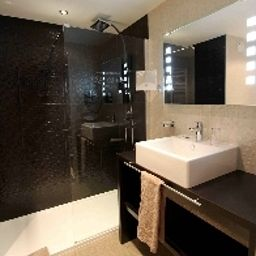 Bathroom Best Western Plus Le Colisée Hotel & Spa Fotos
