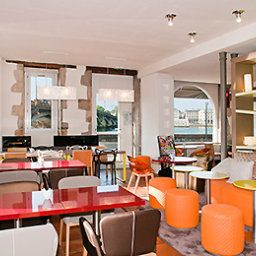 Breakfast room within restaurant ibis Styles Bayonne Gare Centre Fotos