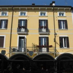 The Flowers Apartments Desenzano del Garda